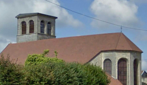 L'église de Breuvannes-en-Bassigny privée de son clocher pendant sa restauration, photo E. Ozenne