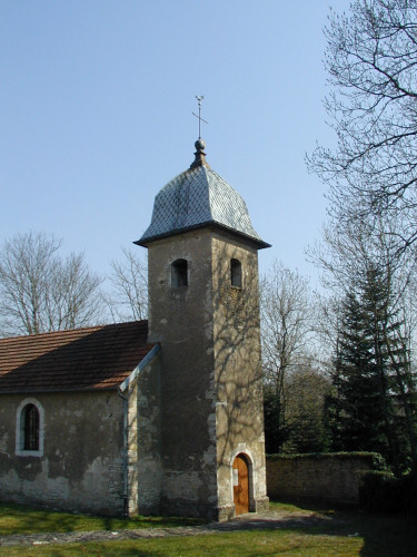Eglise de Larians et Munans, photo R-N. Laurençot